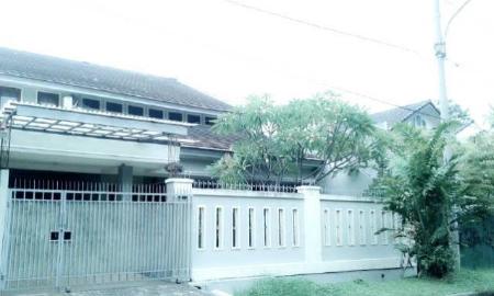Jual Rumah di Jln Kenari Raya Sektor 2 Bintaro